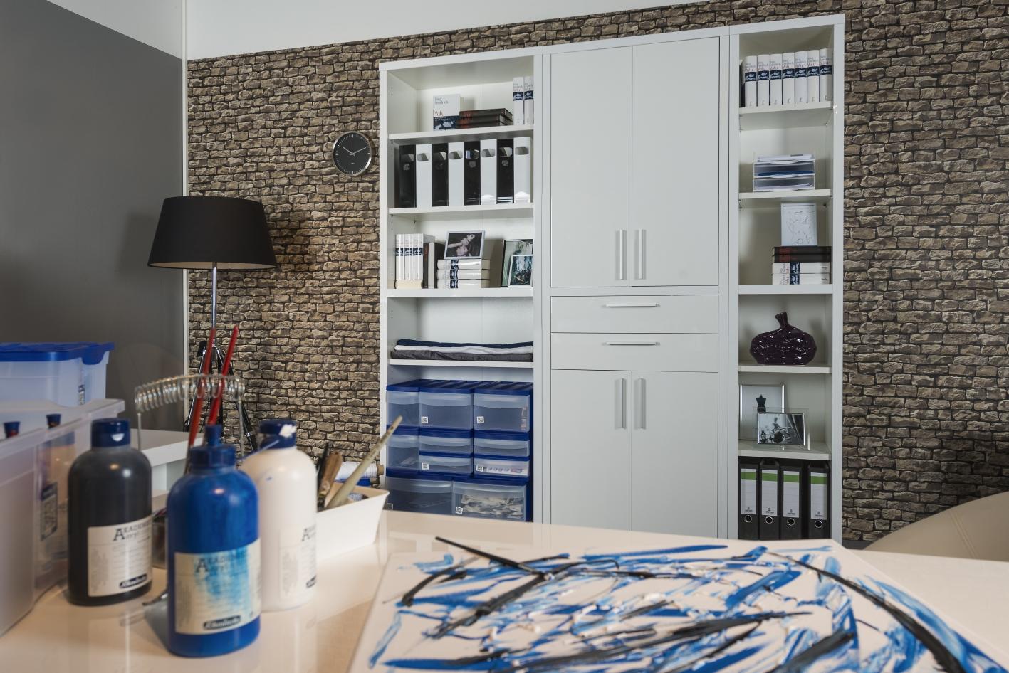wie das ausmisten der wohnung schwung ins leben bringt. Black Bedroom Furniture Sets. Home Design Ideas
